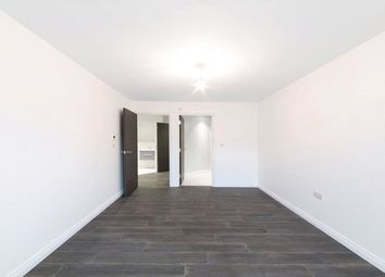 Thumbnail 1 bed flat to rent in 5 The Coach House, Hoddesdon, Hertfordshire