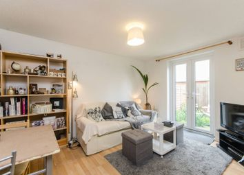Thumbnail 2 bed property to rent in Edgington Road, Streatham