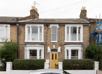 Thumbnail 3 bed flat for sale in Bicknell Road, Camberwell