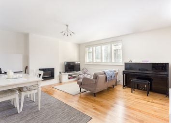 Thumbnail 2 bedroom flat to rent in Ashley Road, Walton-On-Thames