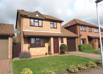 Thumbnail 3 bedroom detached house to rent in Dexter Close, Luton