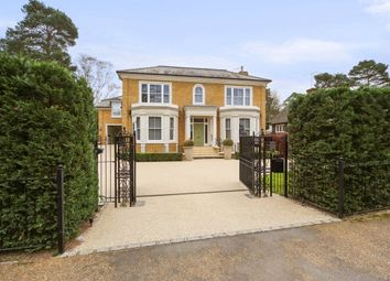 Thumbnail 5 bedroom property to rent in Beechwood Avenue, Weybridge