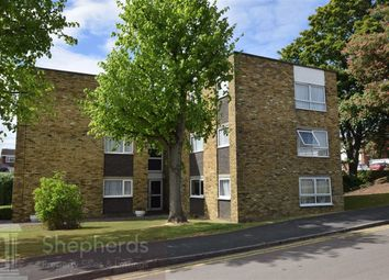 Thumbnail 2 bedroom flat to rent in Lampits, Hoddesdon, Hertfordshire