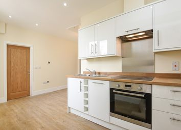 Thumbnail 1 bed flat for sale in Dennett Road, Croydon