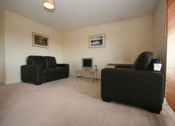 Thumbnail 2 bedroom flat to rent in Transom Close, London