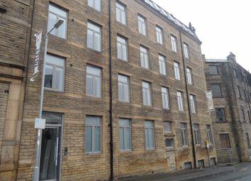 Thumbnail 1 bed flat to rent in Grattan Road, Bradford