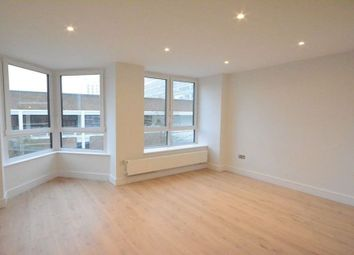 Thumbnail 2 bedroom flat to rent in High Street, Bracknell