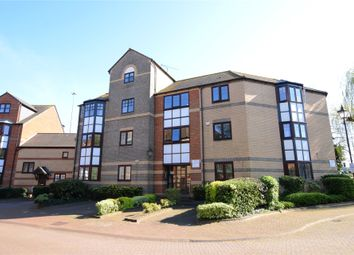 Thumbnail 3 bed flat to rent in New Bright Street, Reading, Berkshire