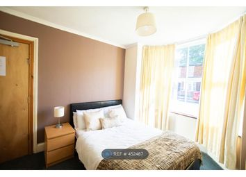 Thumbnail Room to rent in Newnham Avenue, Bedford
