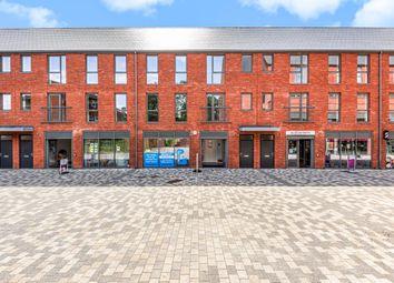 Thumbnail Flat for sale in Elms Walk, Wokingham