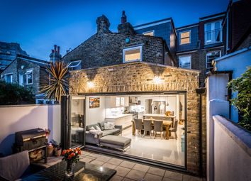 Kimberley Road, Clapham SW9. 4 bed town house