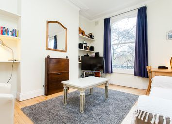 Thumbnail 1 bed flat to rent in Beresford Road, London