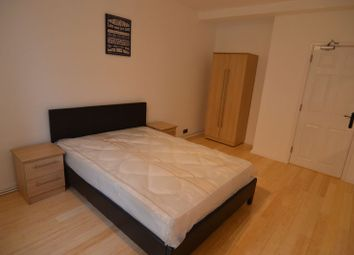 Thumbnail 5 bed flat to rent in Frensham Drive, London