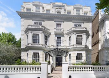 Thumbnail 2 bedroom flat for sale in Holland Park, London