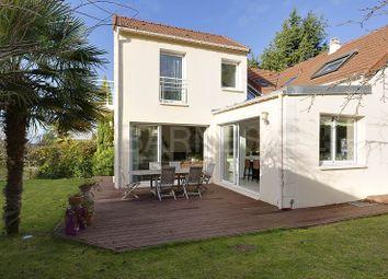 Thumbnail 7 bed villa for sale in Rueil Malmaison, Rueil Malmaison, France