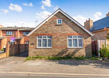 Thumbnail 3 bed bungalow to rent in Rusham Road, Egham