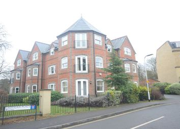 Thumbnail 2 bedroom flat to rent in Cadugan Place, Reading