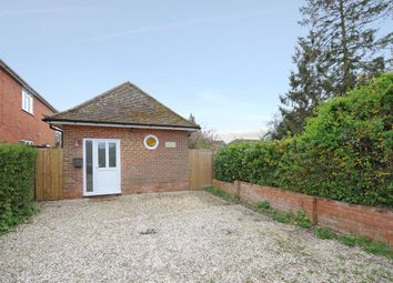 Thumbnail 2 bedroom detached house to rent in Chieveley, Berkshire