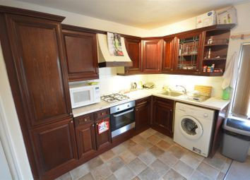Thumbnail 2 bed flat to rent in Waterloo Road, Epsom