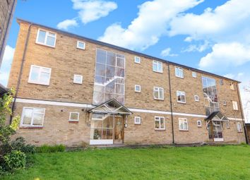 Thumbnail Flat to rent in Millway Close, Wolvercote