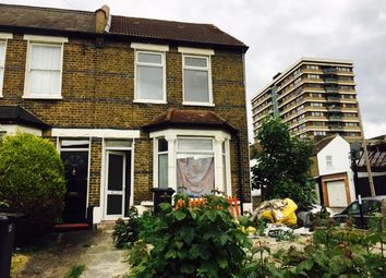 Thumbnail 5 bed end terrace house to rent in Handcroft Road, Croydon