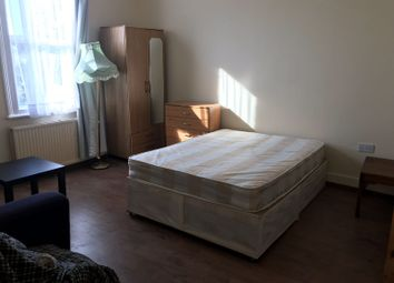 Thumbnail 5 bed shared accommodation to rent in Rectory Road, Stoke Newington