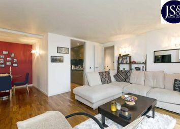 Thumbnail 2 bed flat to rent in New Providence Wharf, 1 Fairmont Avenue, Canary Wharf, London