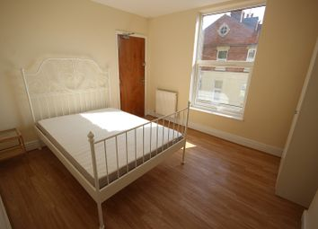 Thumbnail Room to rent in Room 2 Midland Road, Wellingborough, Northamptonshire.