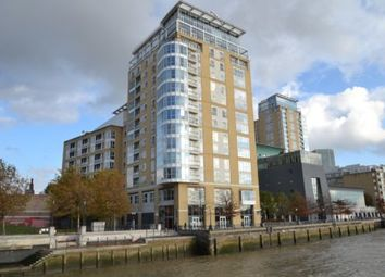 Thumbnail 1 bed flat to rent in Canary Riverside Development, Canary Wharf