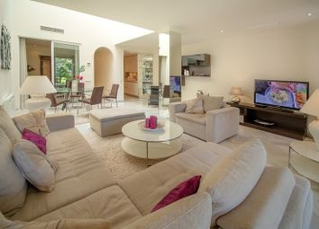 Thumbnail 3 bed apartment for sale in Gray D'albion, Puerto Banus, Marbella