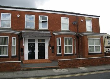 Thumbnail 2 bed flat to rent in Union Street, Leigh