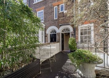Thumbnail 2 bed property for sale in New End Square, London