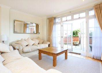 Thumbnail 2 bedroom flat to rent in King Stable Street, Eton, Windsor