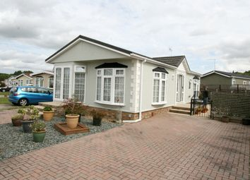 Thumbnail 2 bed mobile/park home for sale in Woodlands Country Park, Biddenden