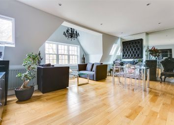 Chiswick High Road, Chiswick, London W4. 2 bed flat