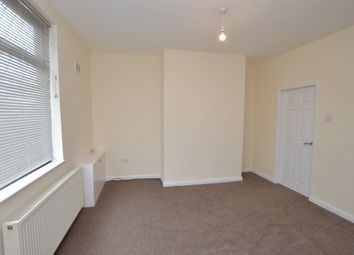 2 bed property to rent in Wrenthorpe, Wakefield WF2