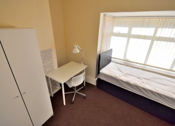Thumbnail Room to rent in Room 3, Beeches Road, West Bromwich
