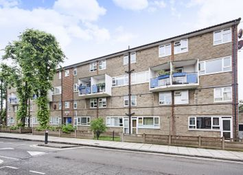 3 bed maisonette for sale in Richmond Road, Hackney E8