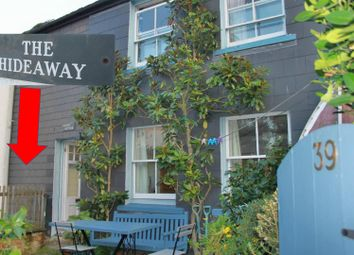 Thumbnail 1 bed flat to rent in Swanpool Street, Falmouth, Cornwall
