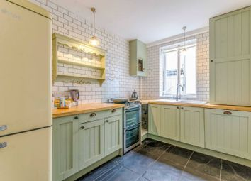 Thumbnail 4 bed terraced house to rent in Richmond Grove, Islington