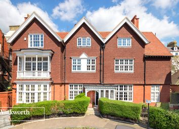Thumbnail 4 bed flat for sale in Grand Avenue, Hove, East Sussex
