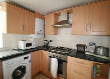 Thumbnail 3 bed flat to rent in Hornsey Rd, Islington, London