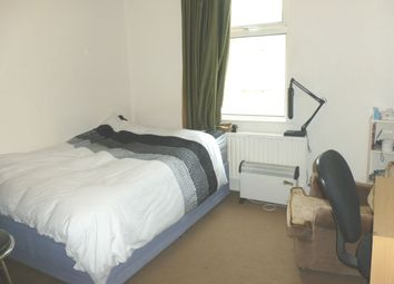 Thumbnail Room to rent in Fulham Road, Parsons Green