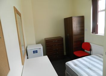 Thumbnail Room to rent in East Street, Coventry