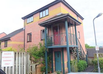 Thumbnail 1 bed flat to rent in Highgrove Street, Totterdown, Bristol
