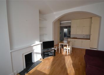 Thumbnail 2 bed flat to rent in Hawthorn Road, Hornsey, London