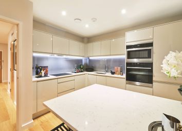 Thumbnail 2 bed flat for sale in Southdown Road, Harpenden