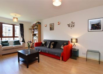 Thumbnail 2 bed flat to rent in St Clair Avenue, Easter Road, Edinburgh