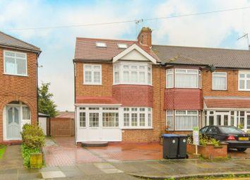 4 bed property for sale in Lynmouth Avenue, Bush Hill Park EN1