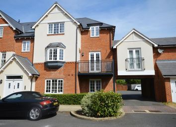 Thumbnail 2 bed flat to rent in Whittingham Avenue, Wendover, Aylesbury